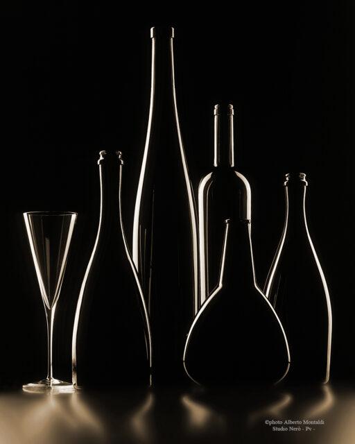 silhouette di bottiglie